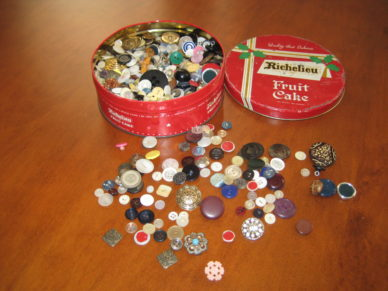 Button Box 002